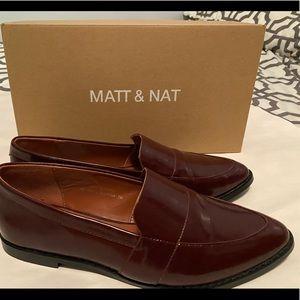 MATT & NAT LOAFERS **Sz 9**